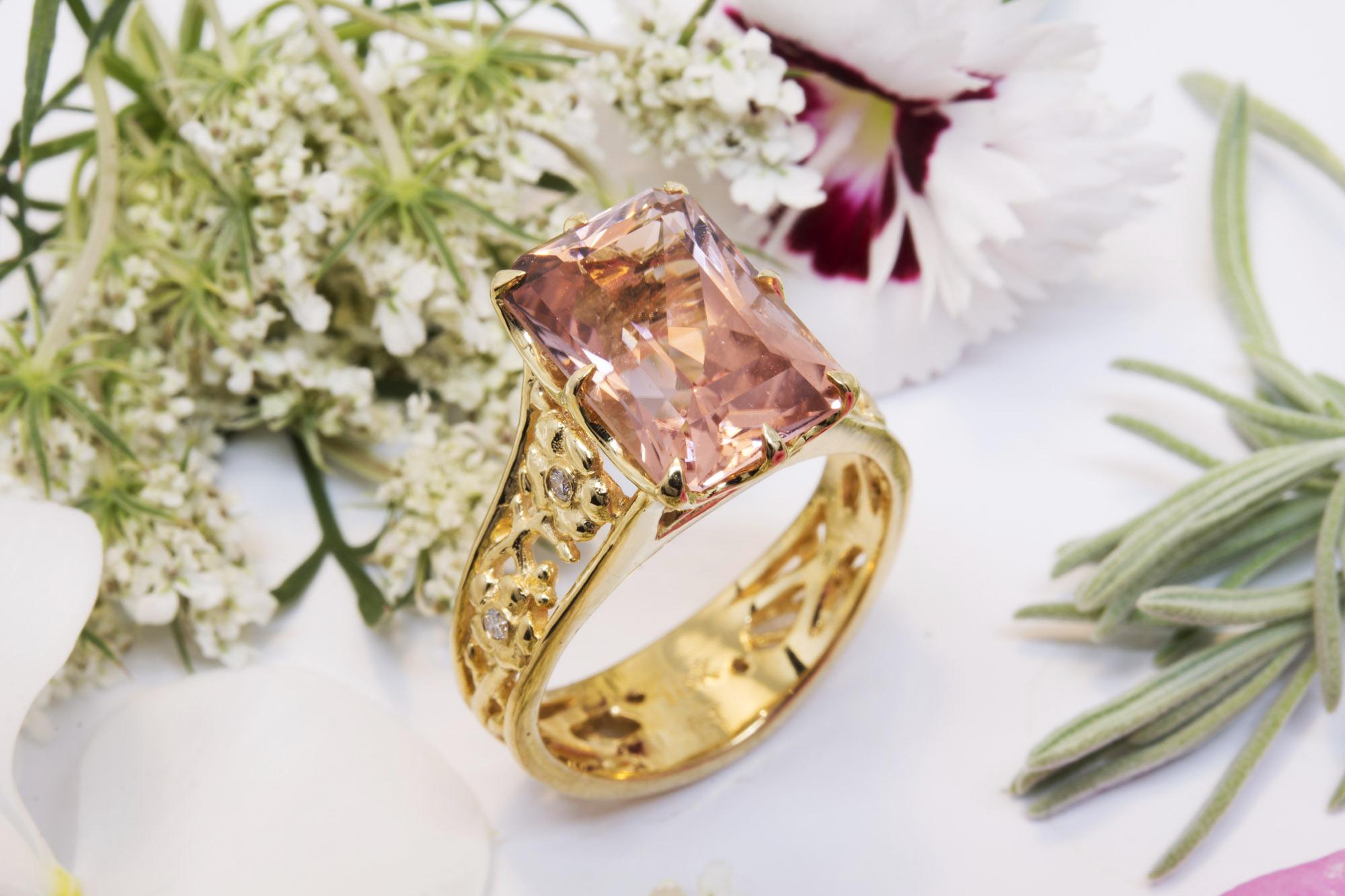 trắc nghiệm tính cách đá quý Pink Tourmaline