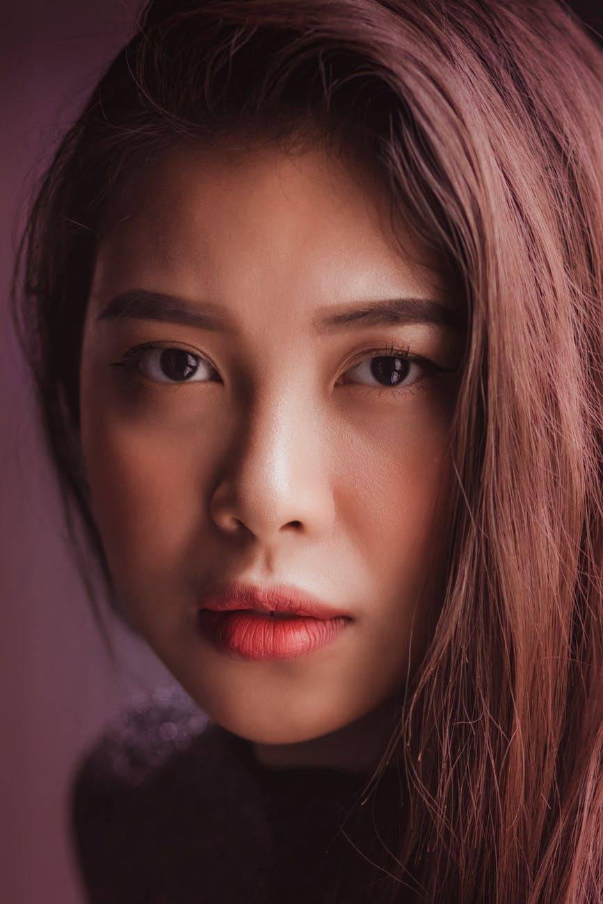 Thâm môi-Cô gái môi hồng.
