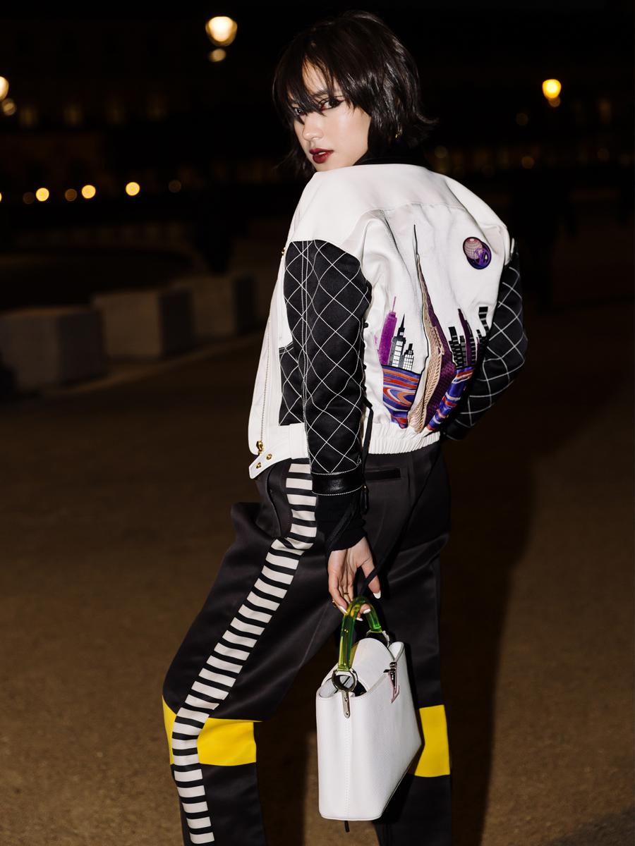 Trang phục thời thượng của fashionista Châu Bùi tại buổi trình diễn BST Louis Vuitton FW2020