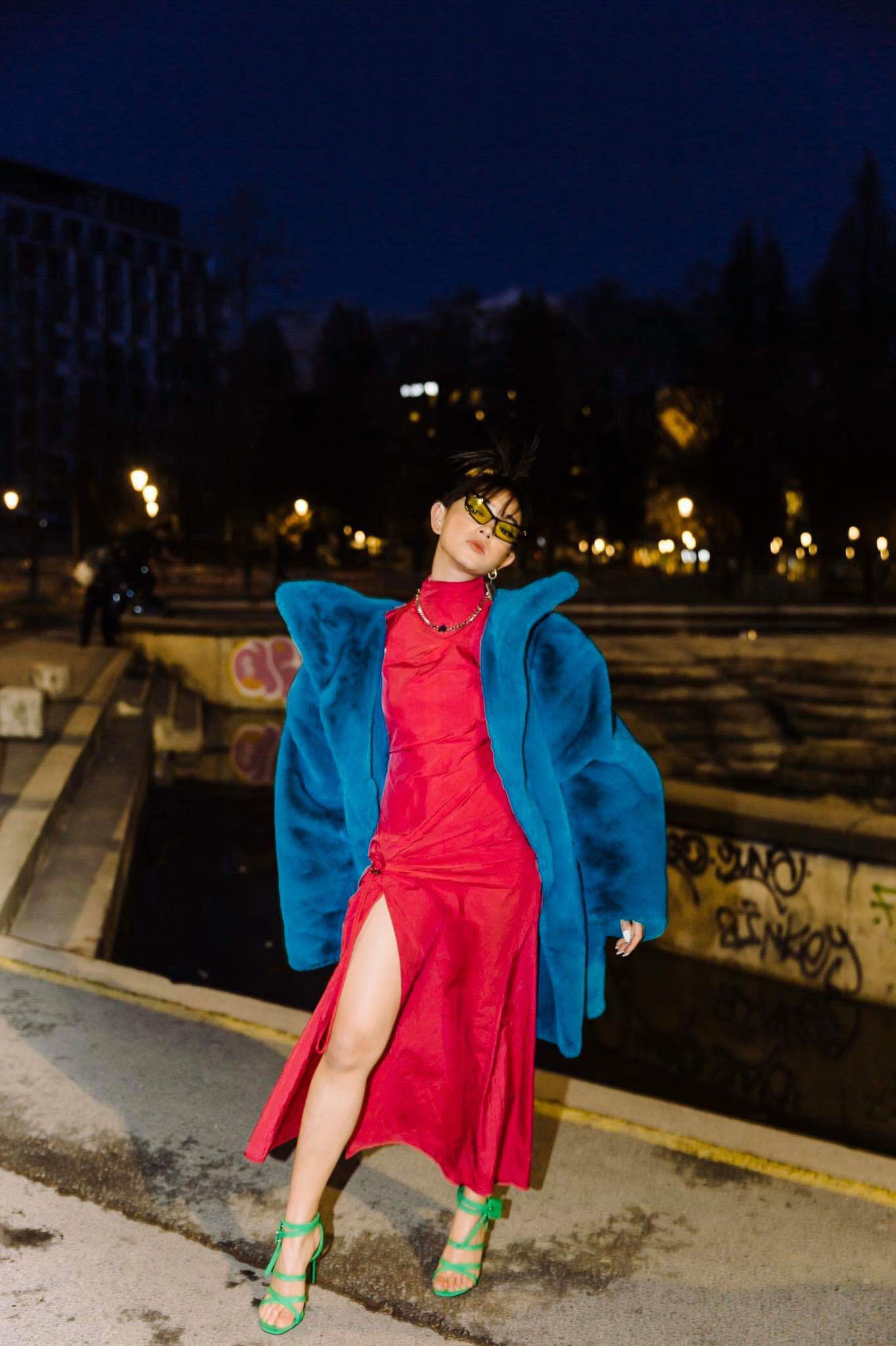 Fashionista Châu Bùi tham dự buổi trình diễn BST Thu - Đông 2020 của Off-White