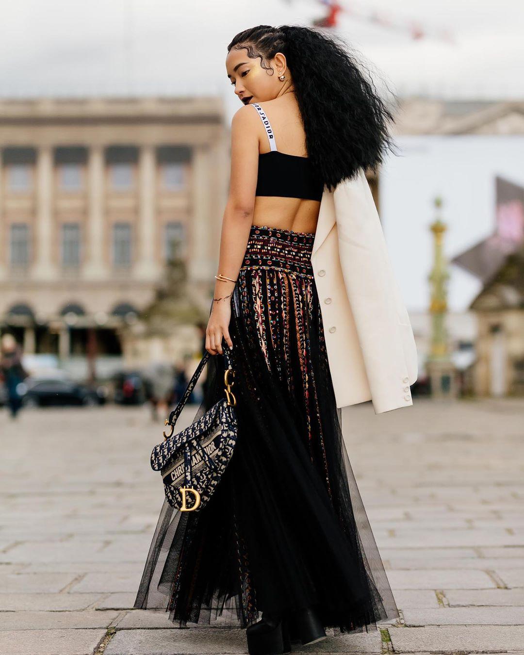 Trang phục lạ mắt của Châu Bùi tại show diễn Thu - Đông của Dior