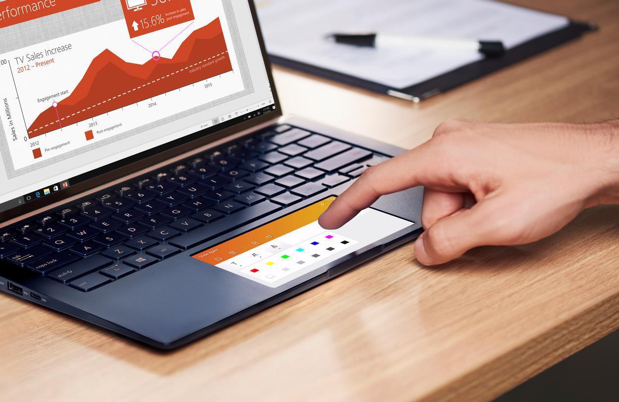 laptop ASUS ZenBook công nghệ chuột