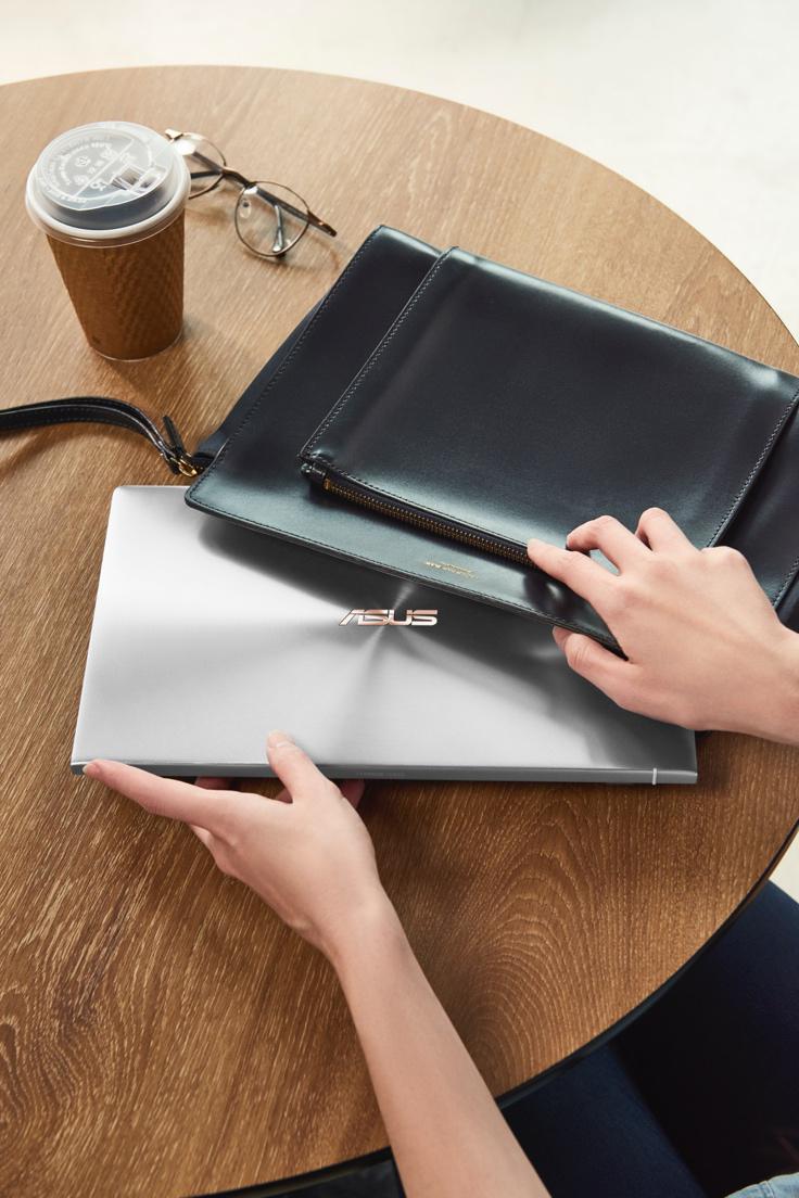 laptop gọn nhẹ phụ nữ