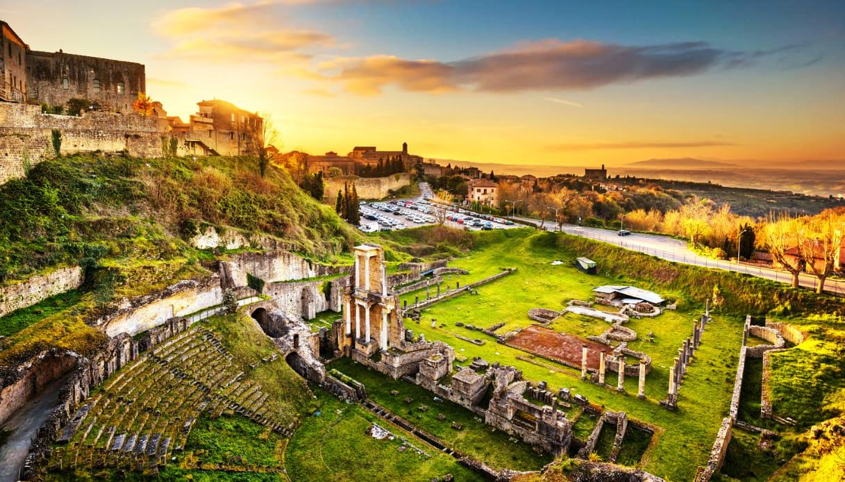 kỳ quan thị trấn Volterra