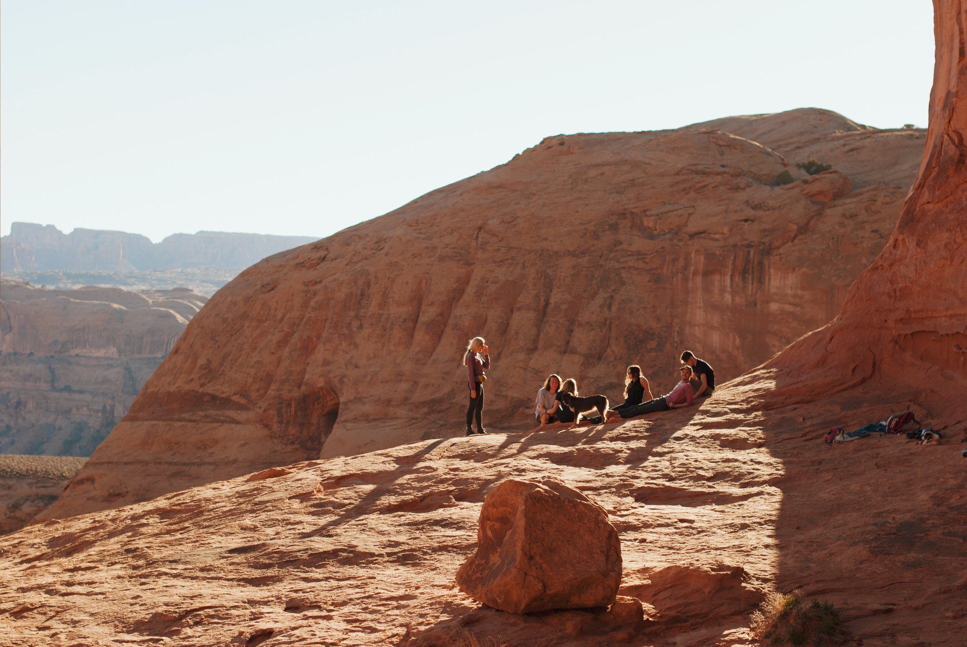 hội họp bên núi