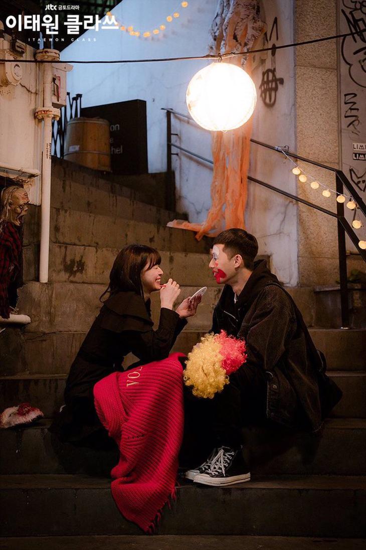 Ro Yi và Soo Ah của Itawon Class