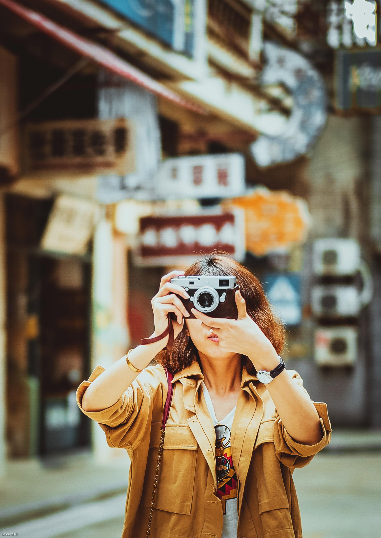 cung hoàng đạo cô gái chụp ảnh