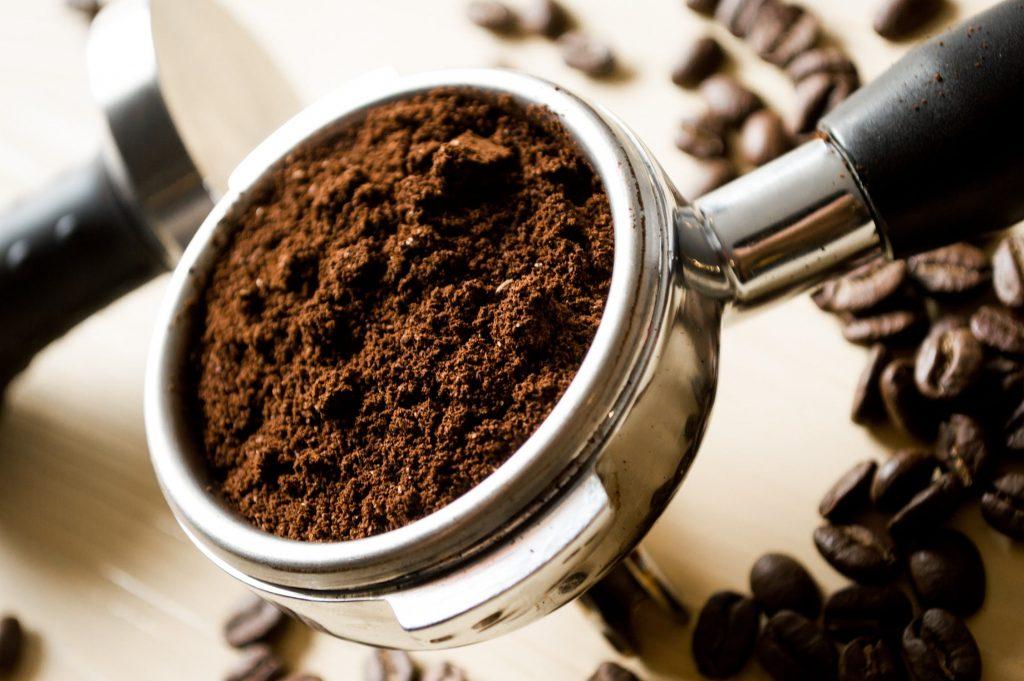 Bã cà phê - tẩy da chết hiệu quả.