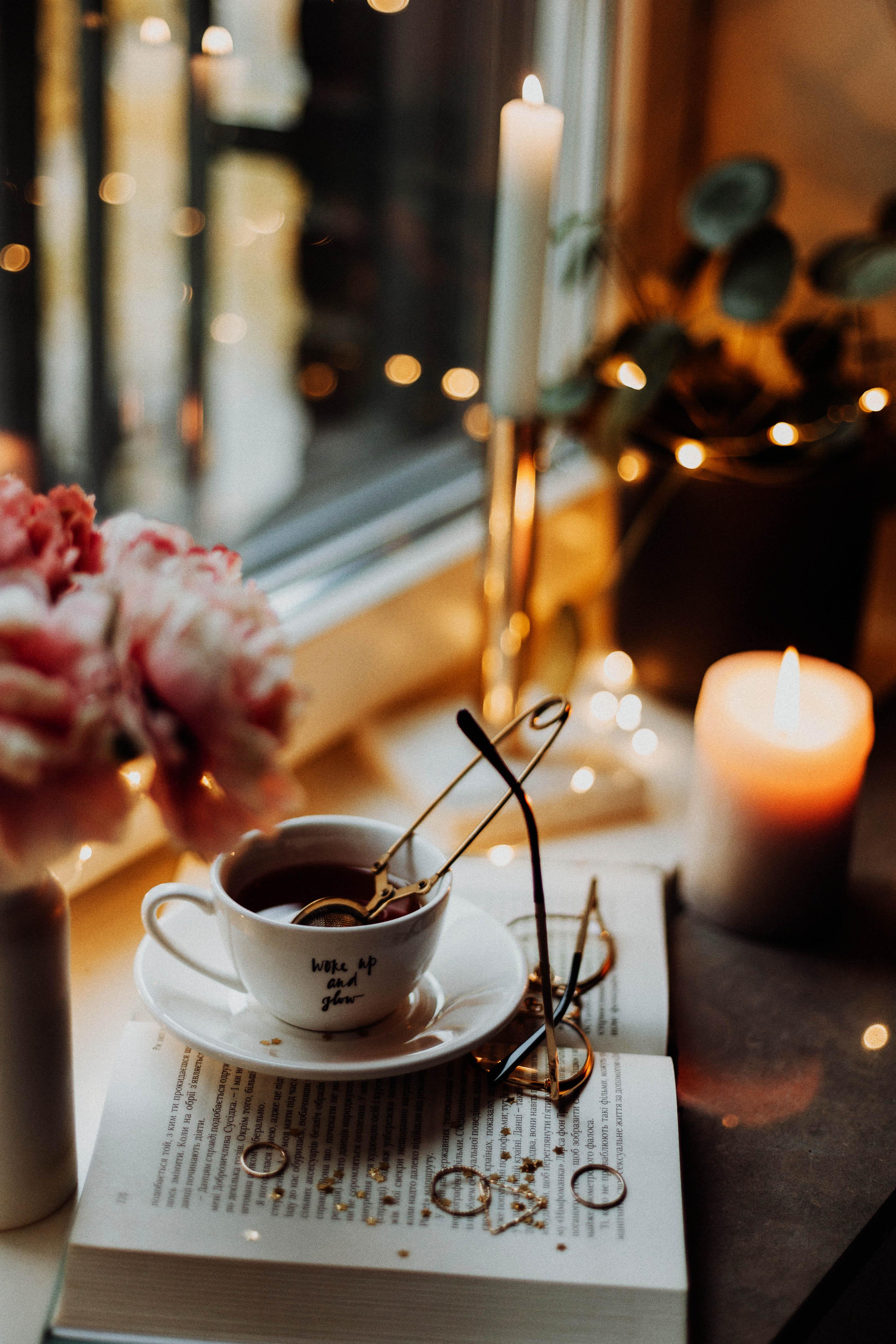 cung hoàng đạo nến thơm và cà phê
