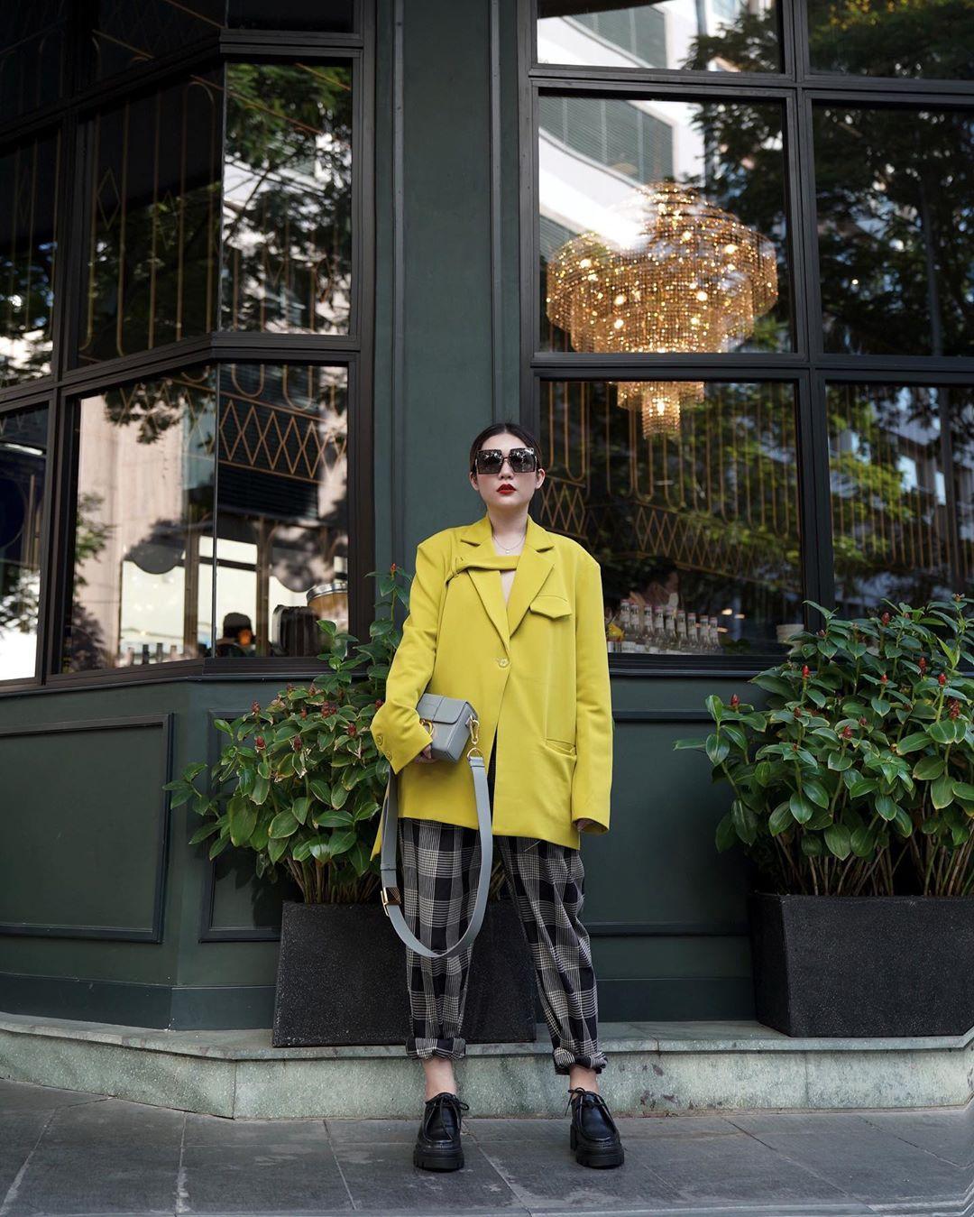 stylist lâm thúy nhàn trả lời phỏng vấn về local brand trong dịch COVID-19