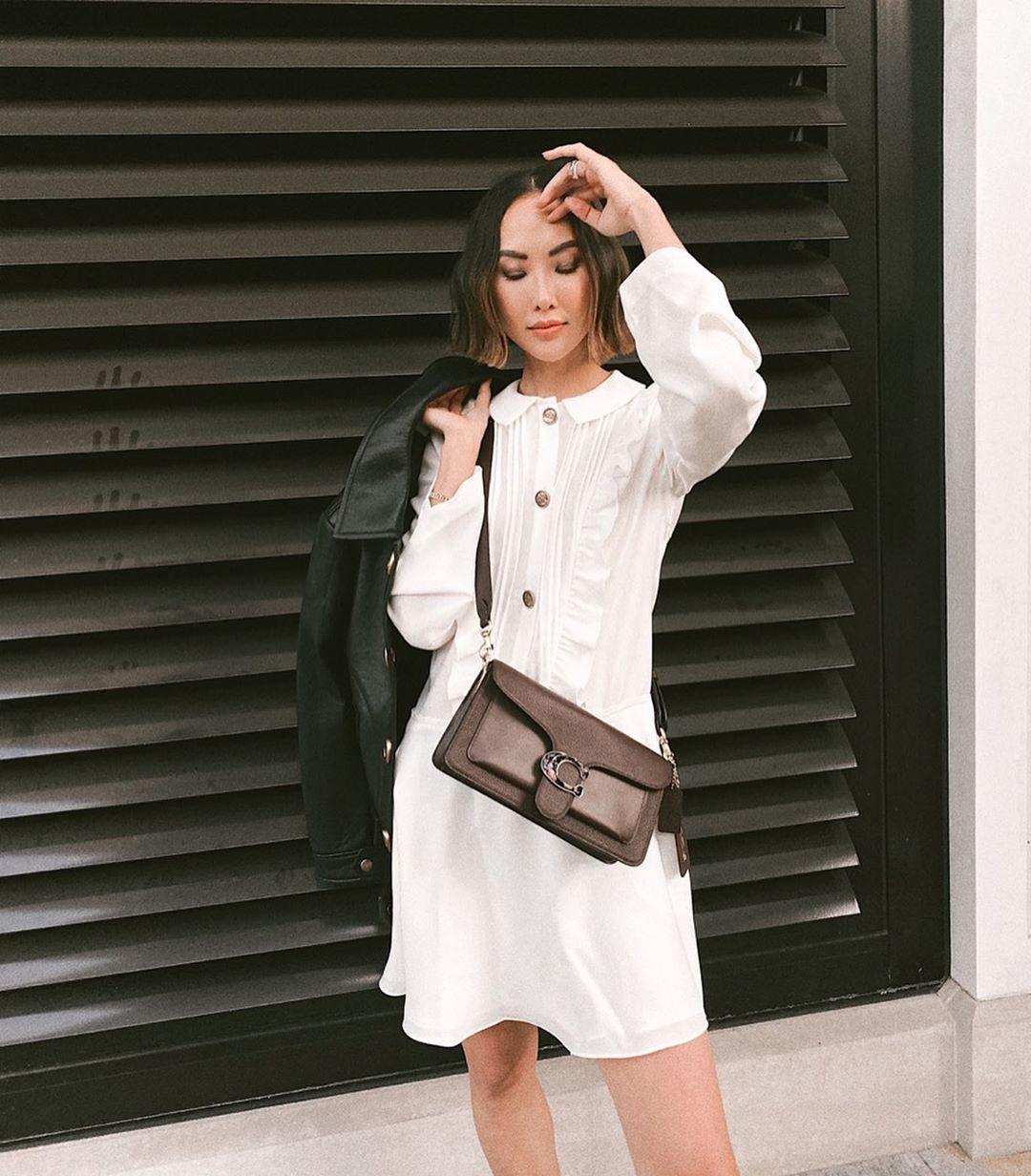 túi xách nữ đeo chéo ôm sát người Chriselle Lim
