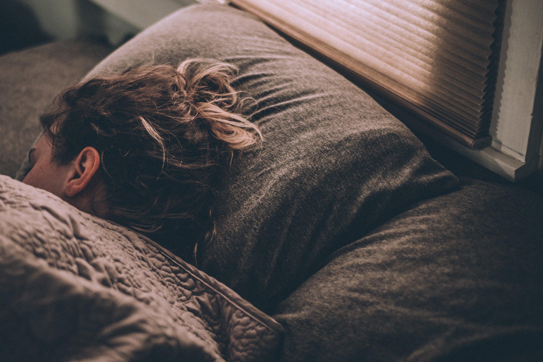 ngủ ngon khi cách ly tại nhà