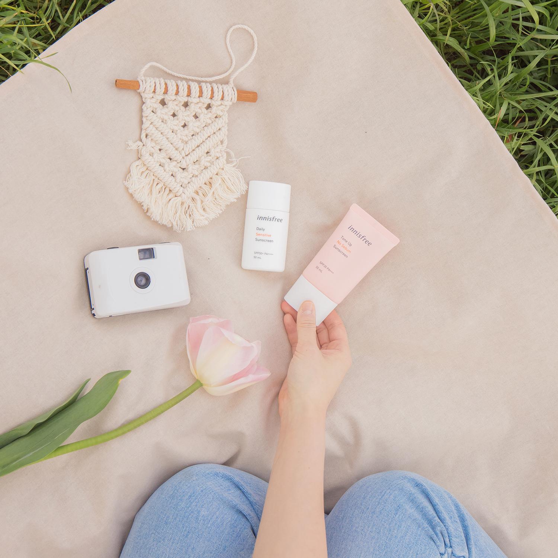 kem choống nắng innisfree máy ảnh lomography picnic