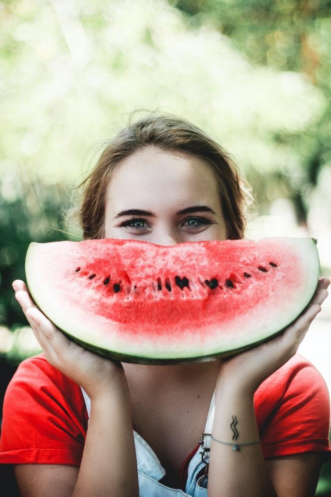 Bổ sung dưỡng chất và cấp nước cho cơ thể ngày Hè từ dưa hấu.
