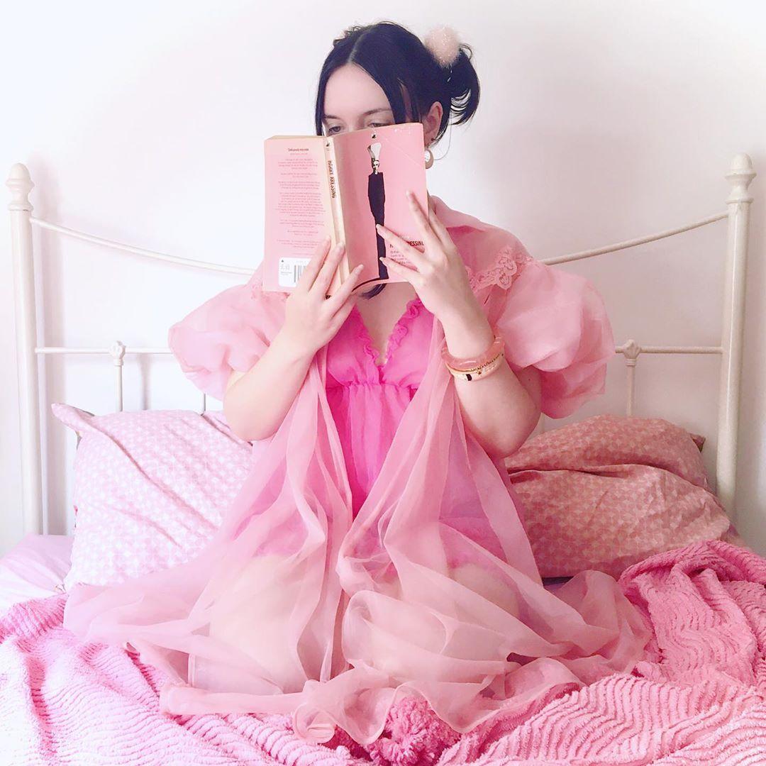 thử thách instagram cầu vồng màu hồng