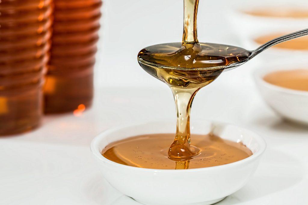 Phương pháp tẩy lông lành tính và hữu hiệu nhờ vào mật ong
