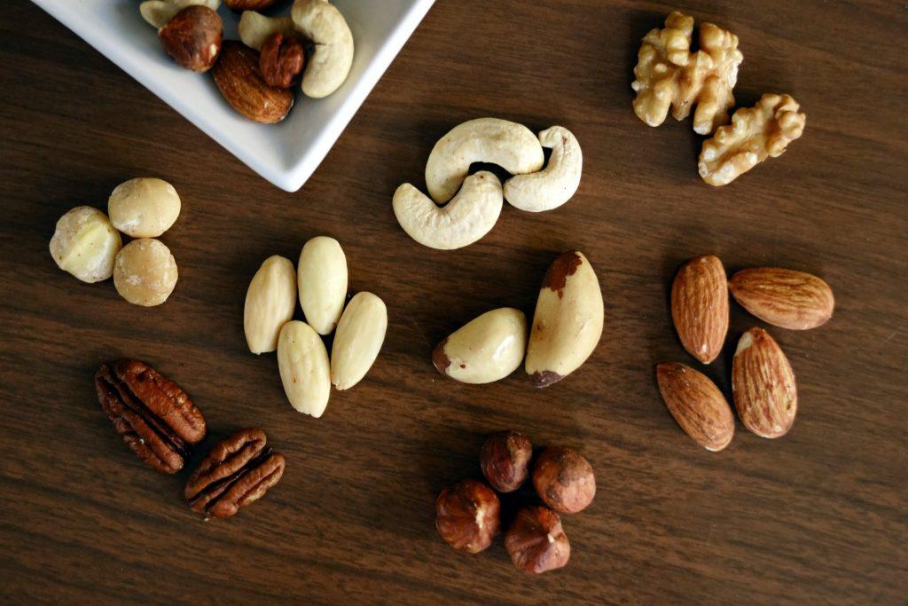 Áp dụng chế độ ăn hợp lý cũng là cách tăng vòng 3.