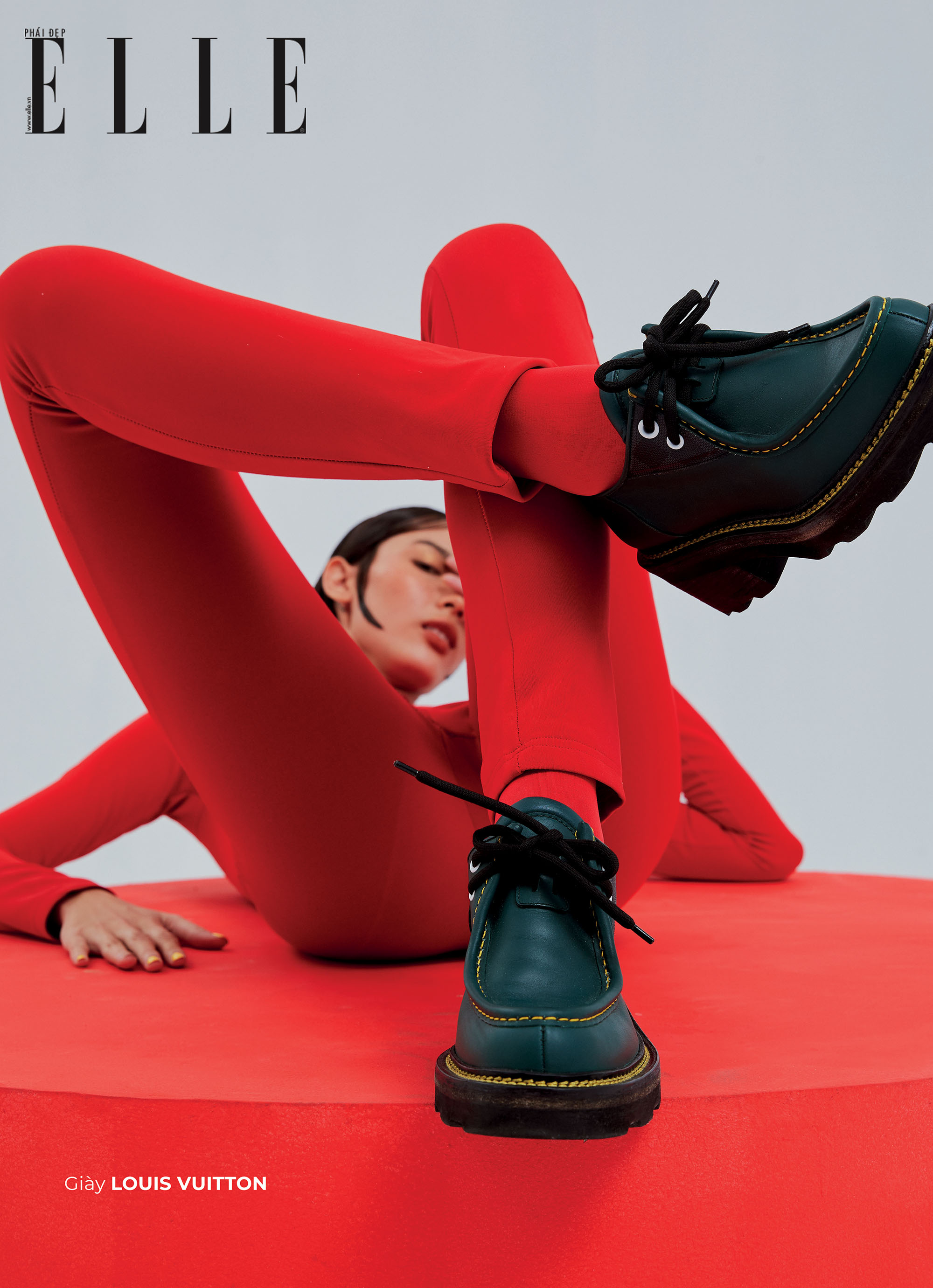 bộ ảnh thời trang giày Louis Vuitton