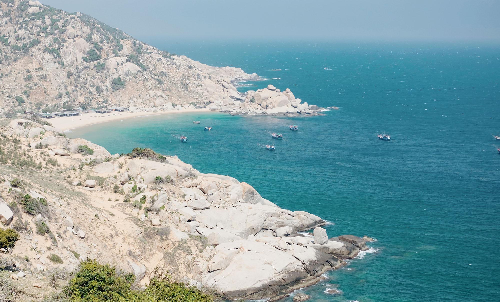Ninh Thuận bãi biển xanh