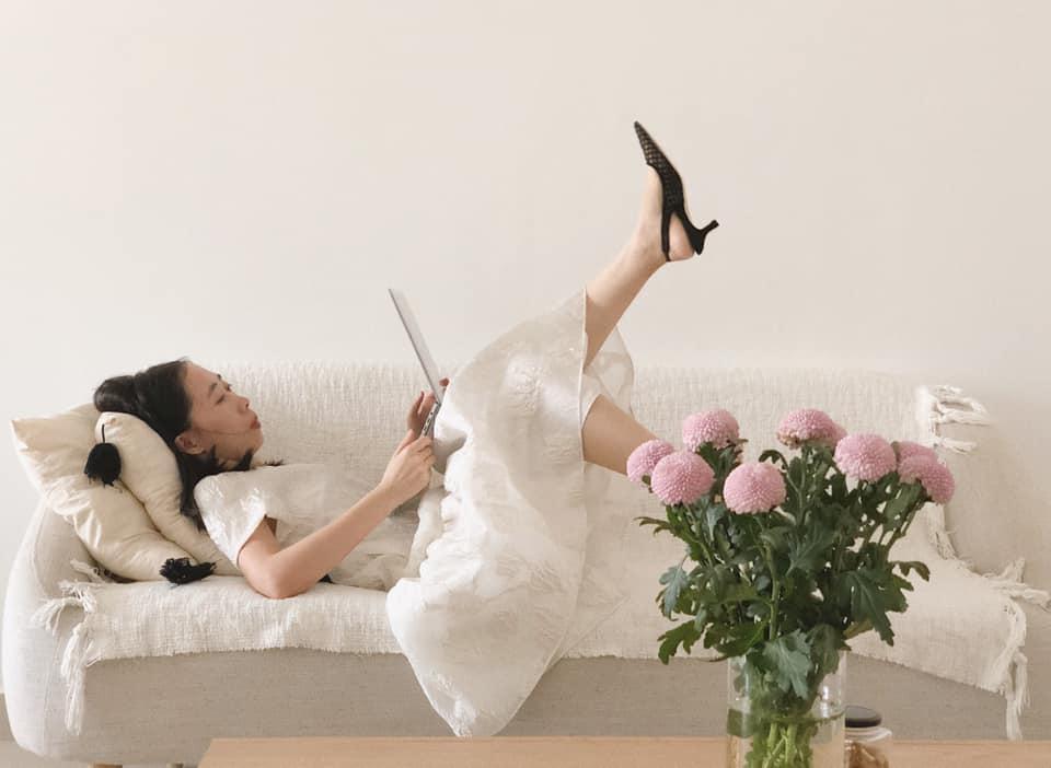 chụp ảnh tại nhà biên tập viên thời trang elle việt nam
