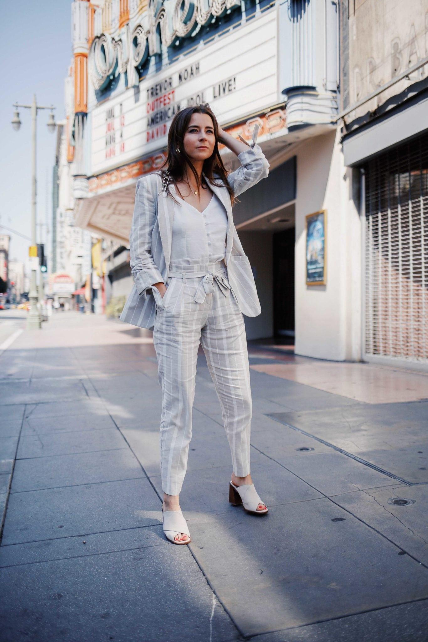 thời trang công sở bộ suit linen kẻ sọc
