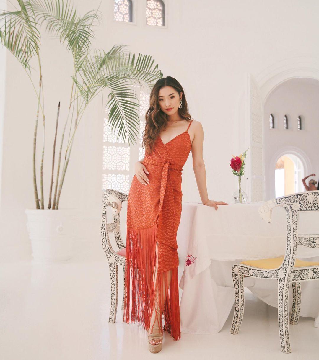 thời trang công sở đầm quần wrap dress dây đỏ