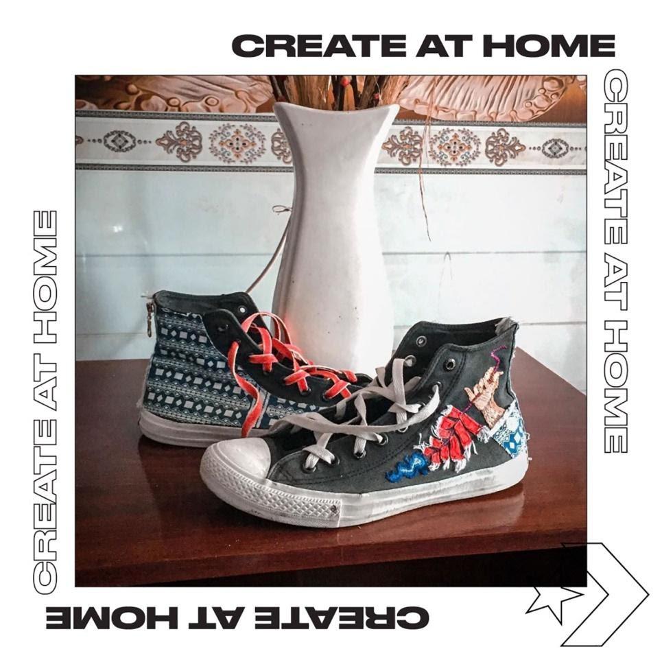 giày converse chuck được làm mới theo chủ đề Tết