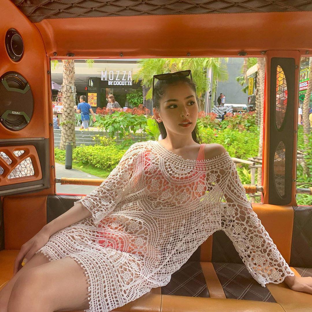 kiểu bikini đẹp mùa hè màu sorbet hồng đầm ren đan móc chi pu
