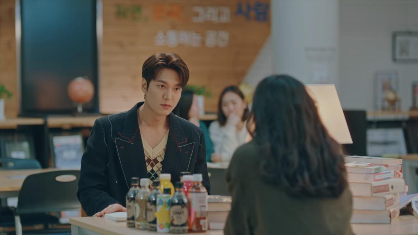 Lee Min Ho diện trang phục Gucci trong Quân Vương Bất Diệt