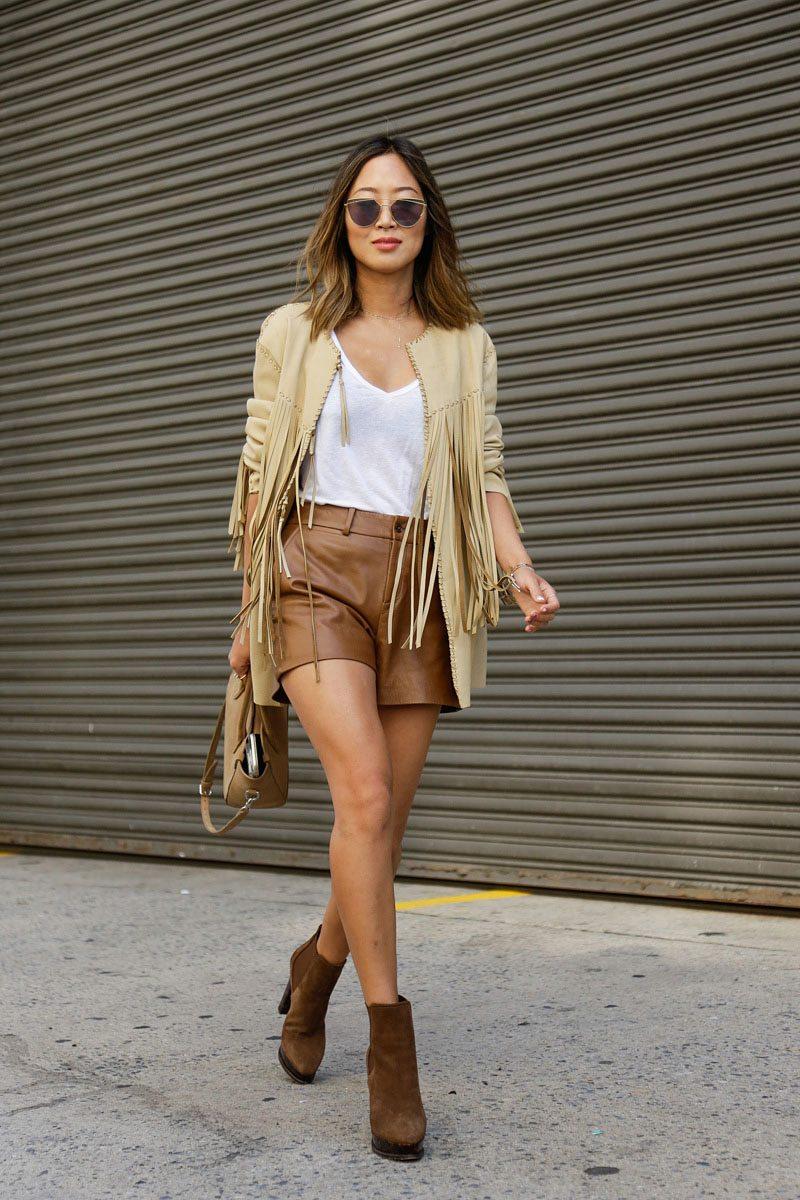 quần shorts nữ chất liệu da áo khoác tua rua màu be