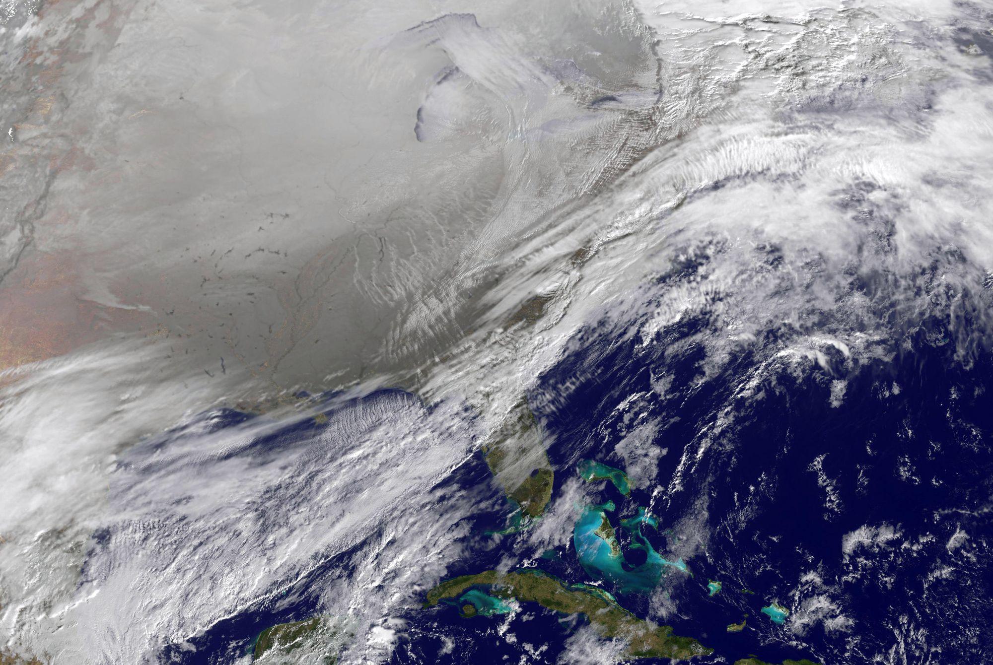 biến đổi khí hậu ngoài không gian xoáy cực