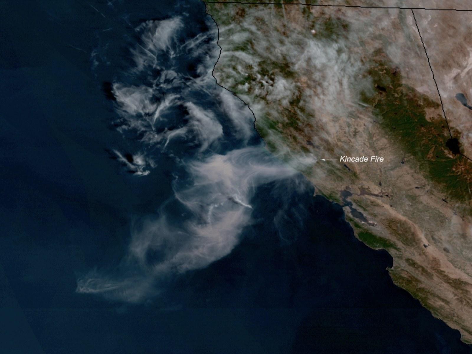 cháy rừng nhìn từ không gian