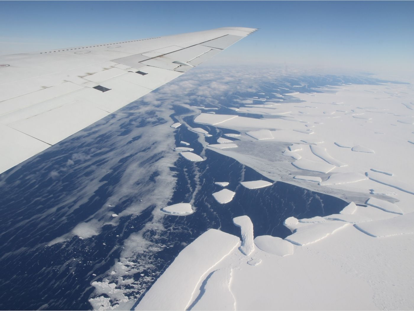 biến đổi khí hậu ngoài không gian