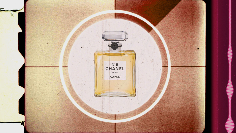 nước hoa No.5 của gabrielle chanel trong phim ảnh