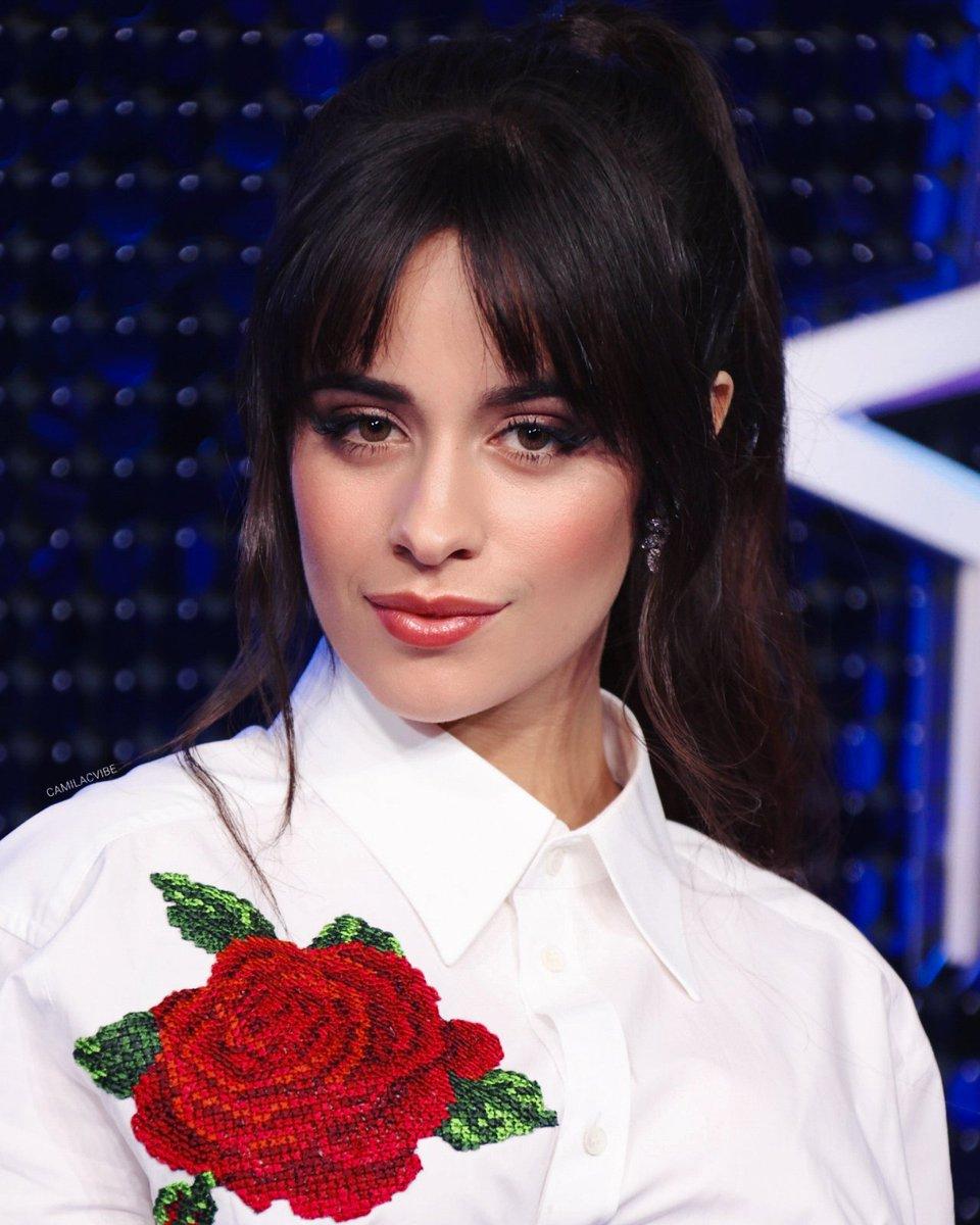 Kiểu tóc đẹp-Camila Cabello.