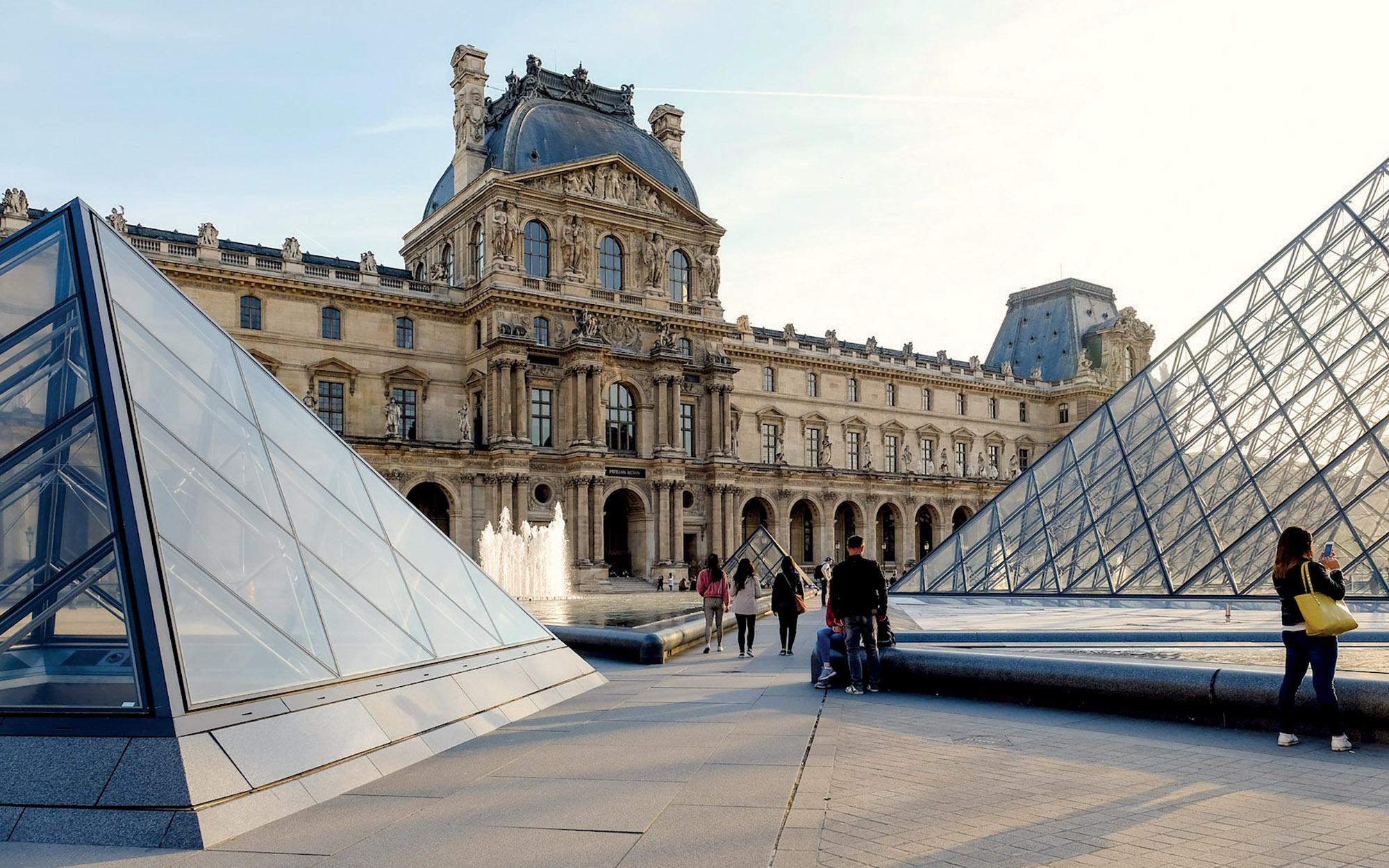 virtual tour bảo tàng Louvre