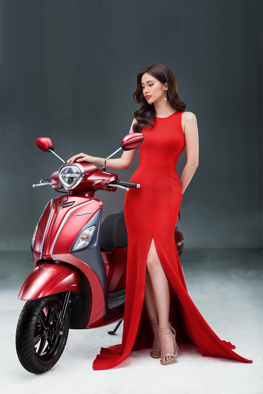 yamaha grande chất riêng của người phụ nữ hiện đại phiên bản màu đỏ