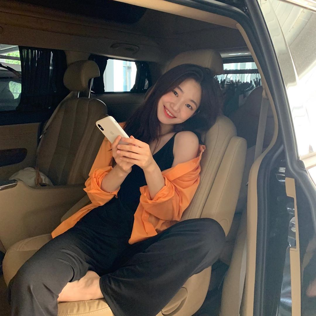 áo chống nắng áo sơmi màu vàng cam jii sue