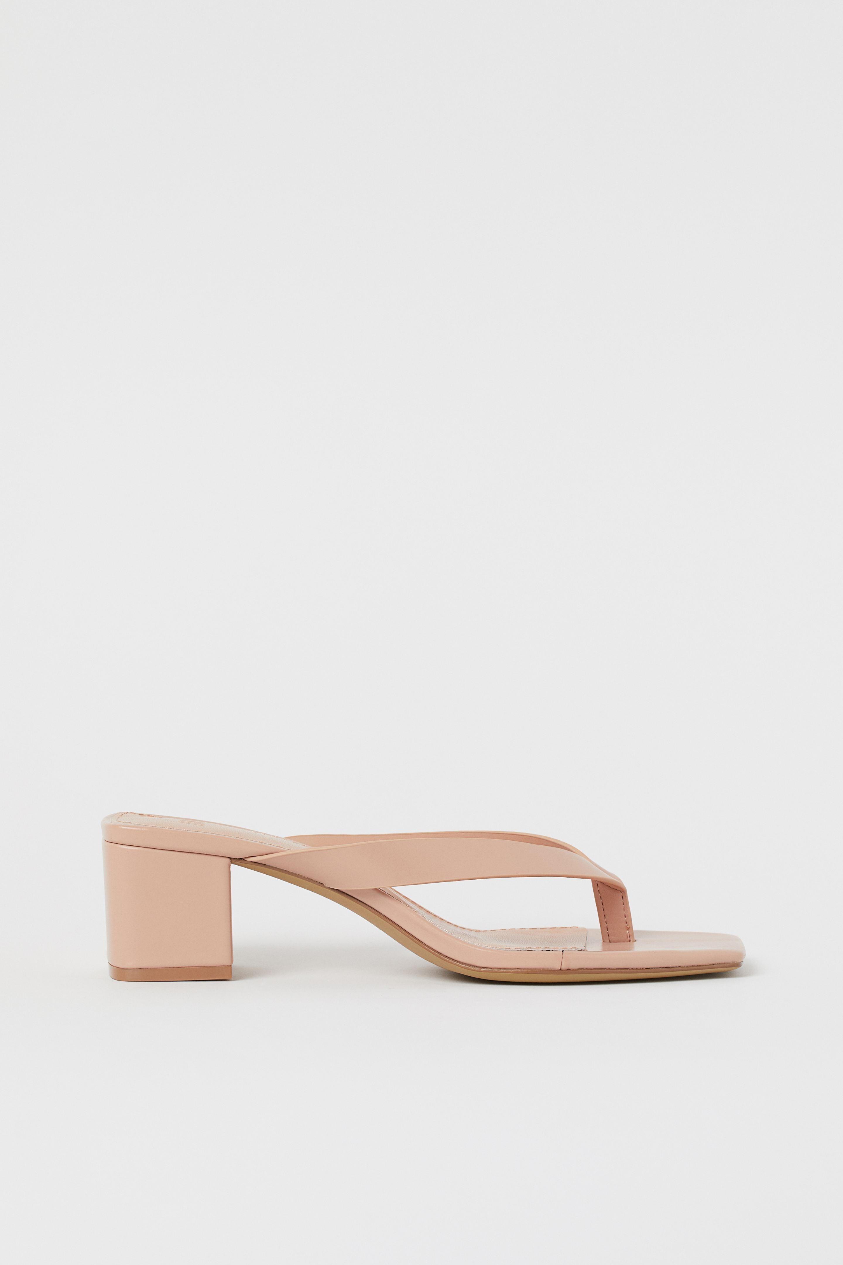 Giày mules xỏ ngón màu nude H&M