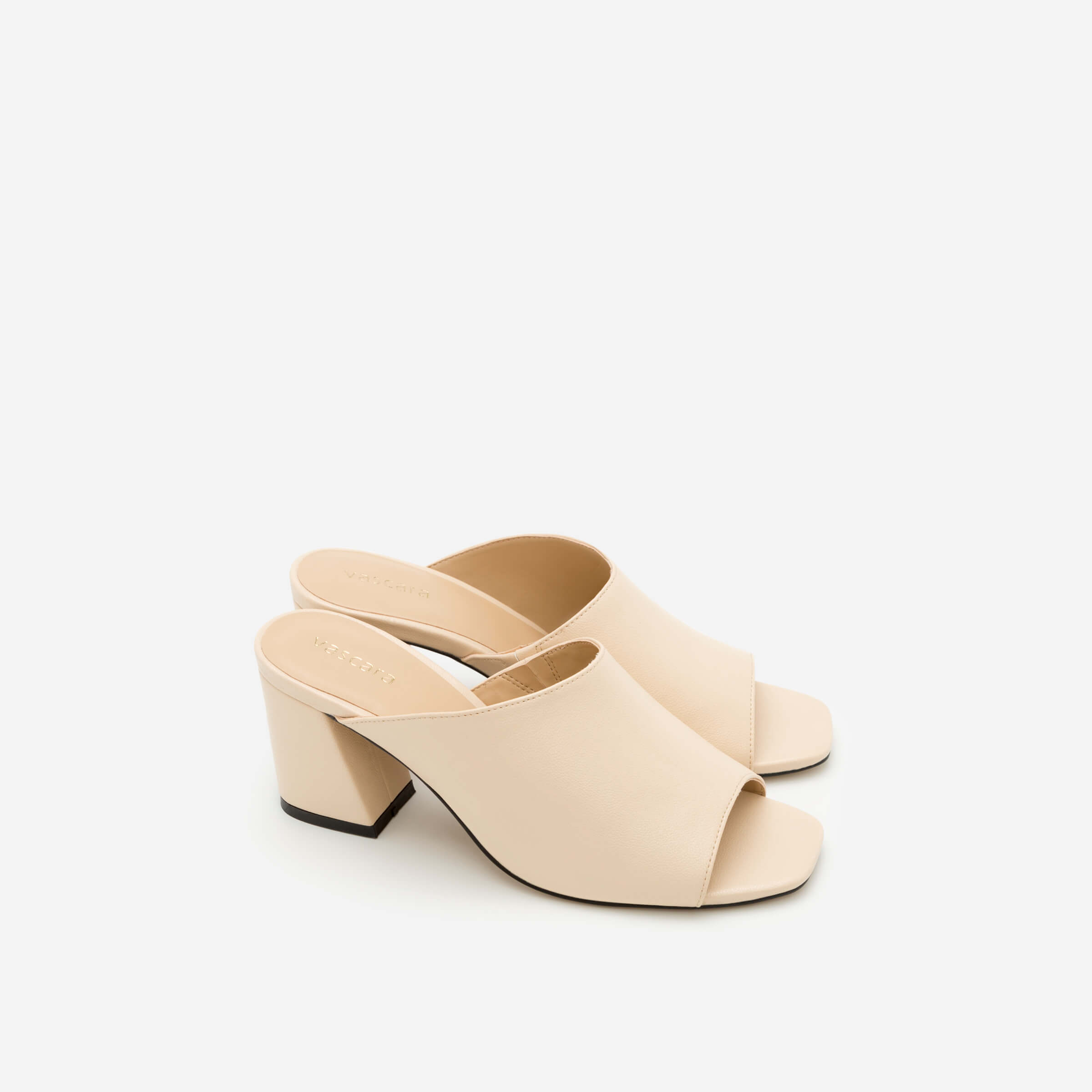 Giày mules quai rộng màu nude Vascara