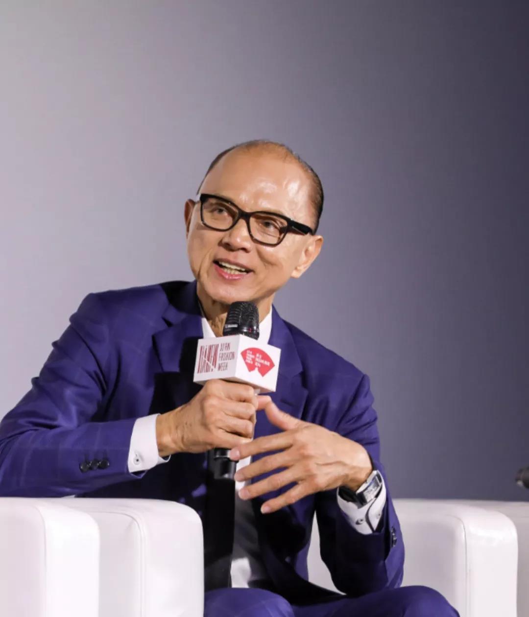 NTK Prof. Jimmy Choo, OBE chia sẻ tại một sự kiện