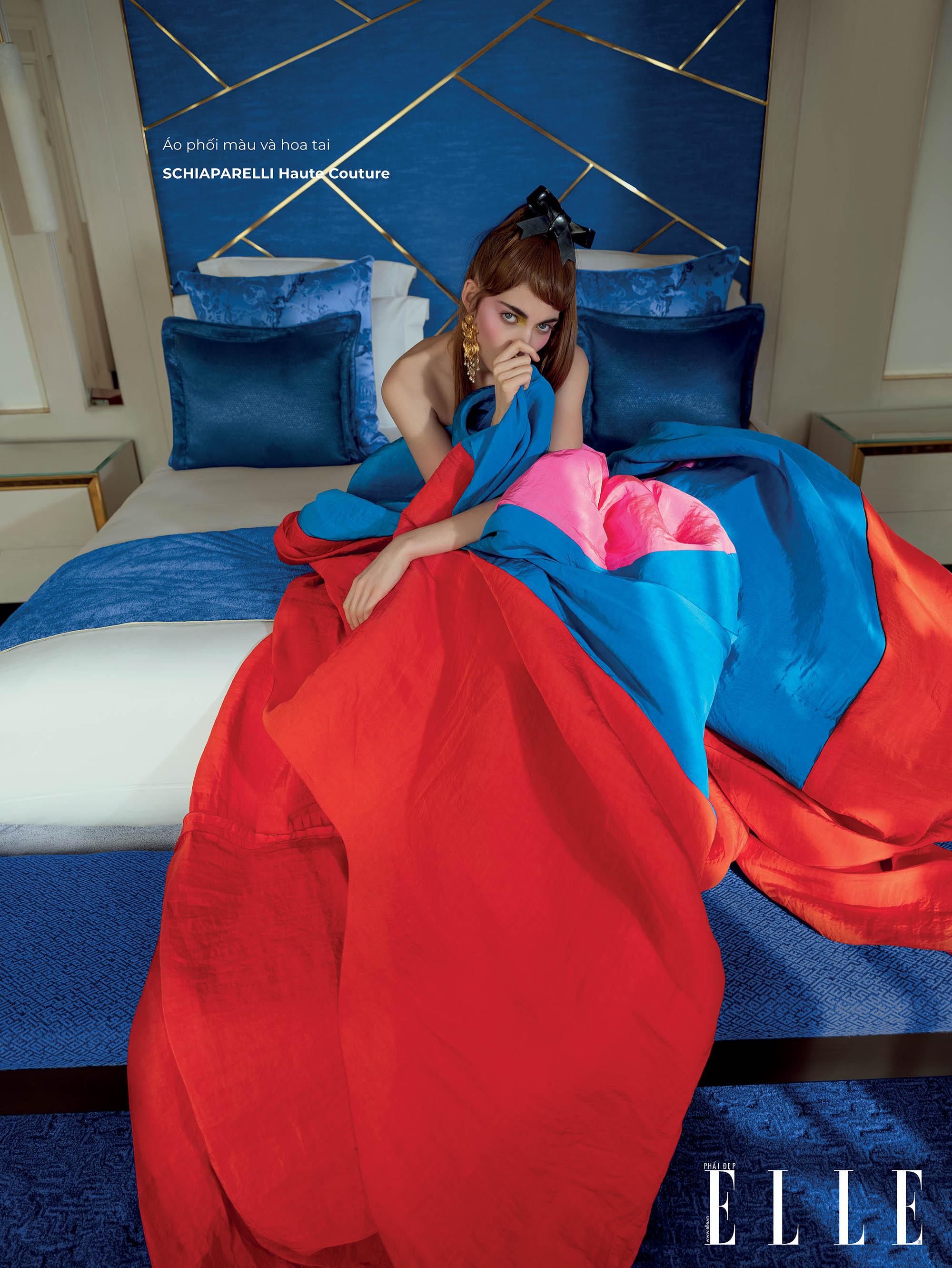 haute couture đầm xanh đỏ nổi bật