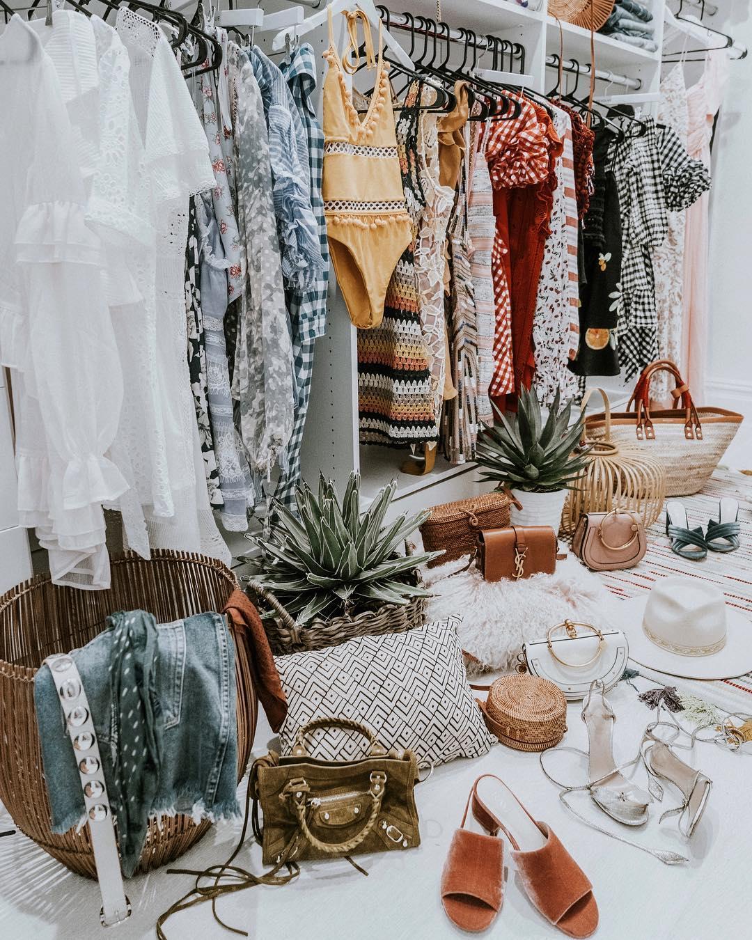 Tủ quần áo đa dạng của cung Song Tử