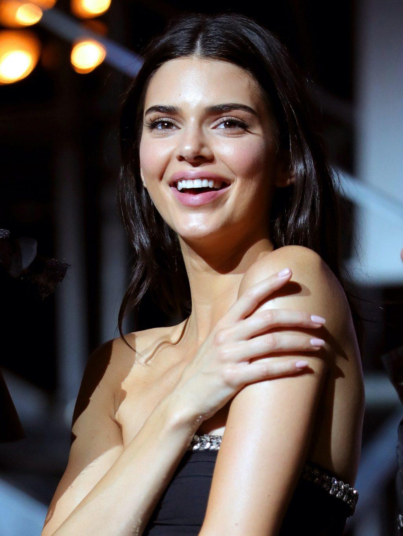 nhan sắc mỹ miều của Kendall Jenner