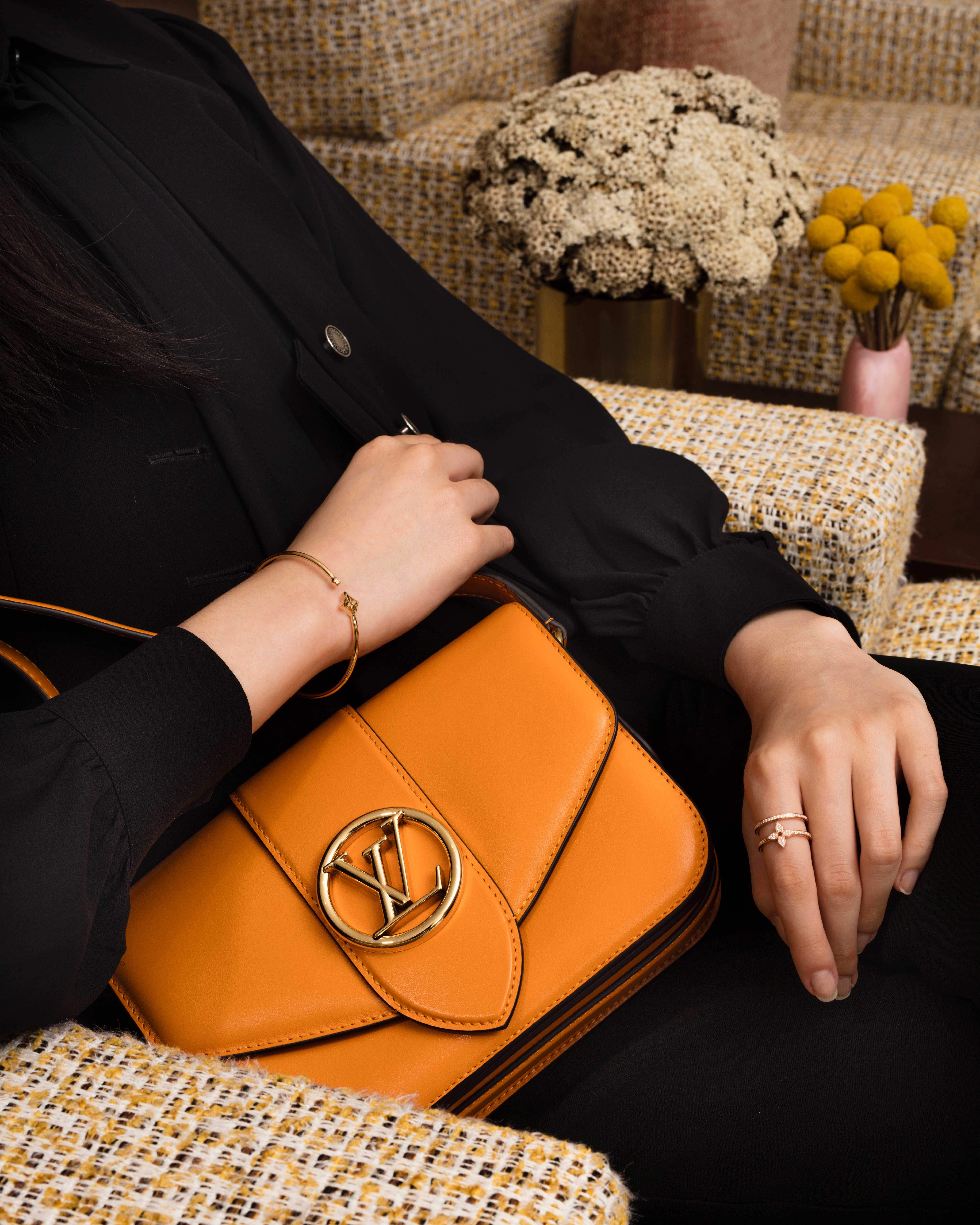 Túi LV Pont 9 màu nâu vàng cam
