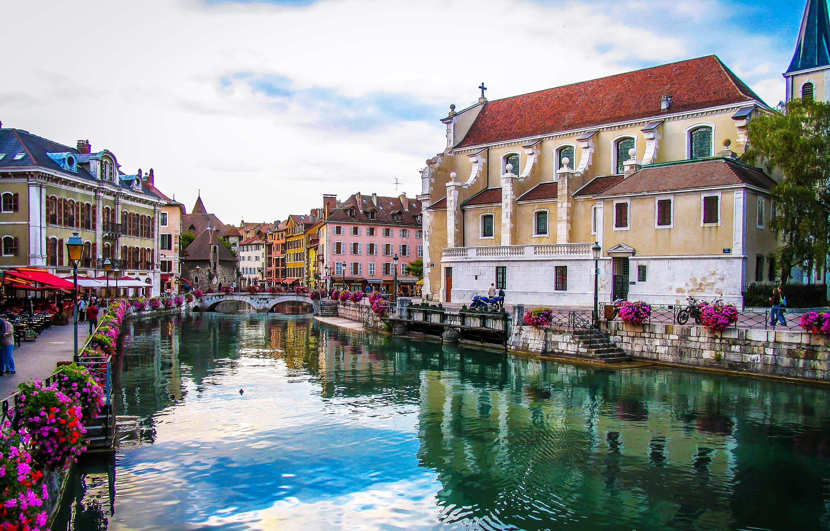 thị trấn Annecy, Haute-Savoie nước Pháp