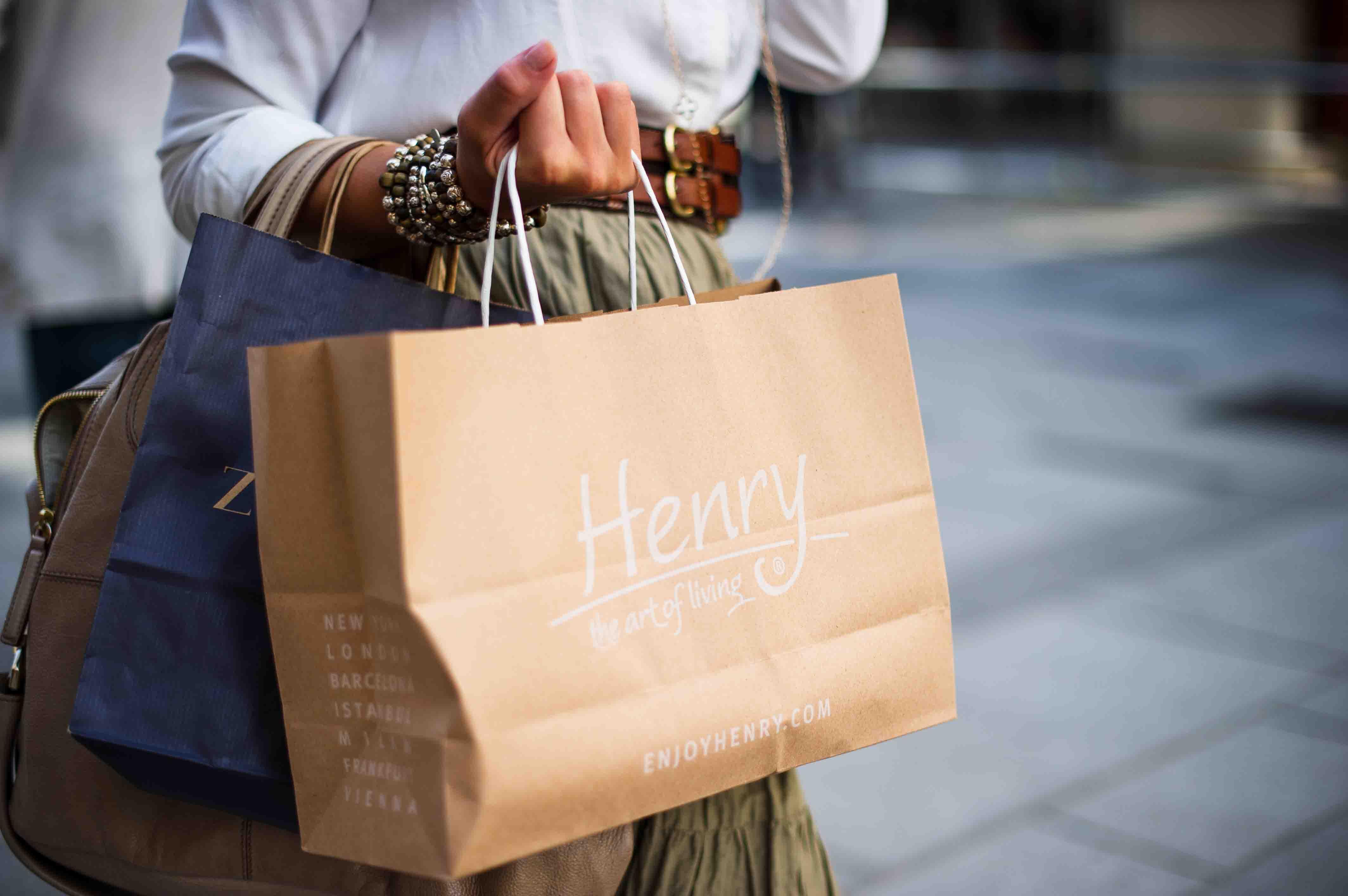 Cách mua sắm đồ second hand tiết kiệm