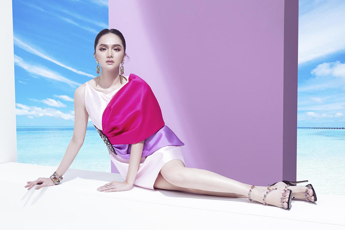 hoa hậu hương giang bộ ảnh marky aterlier váy trắng hồng