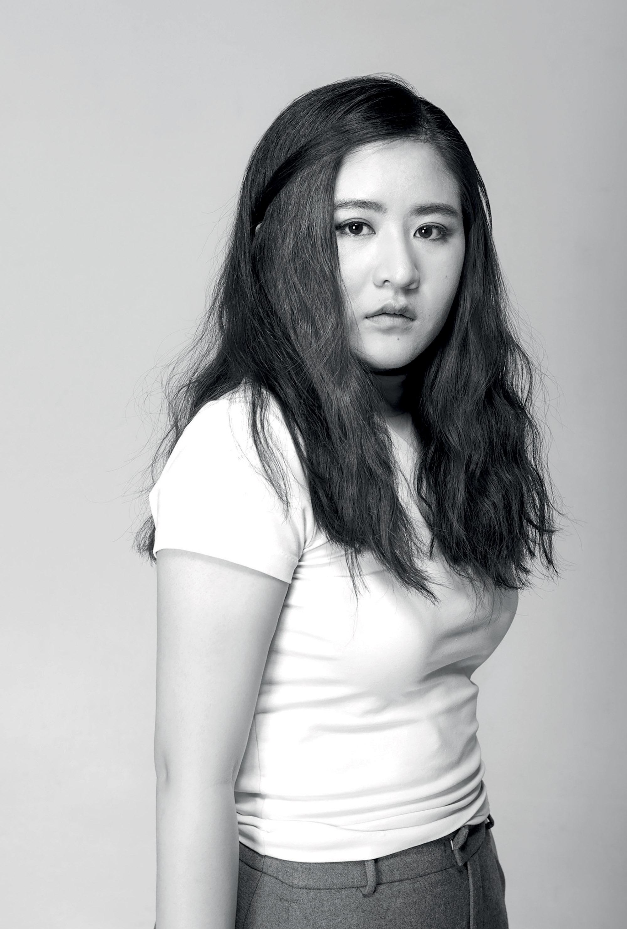 nhà thiết kế thời trang Snow Xue Gao
