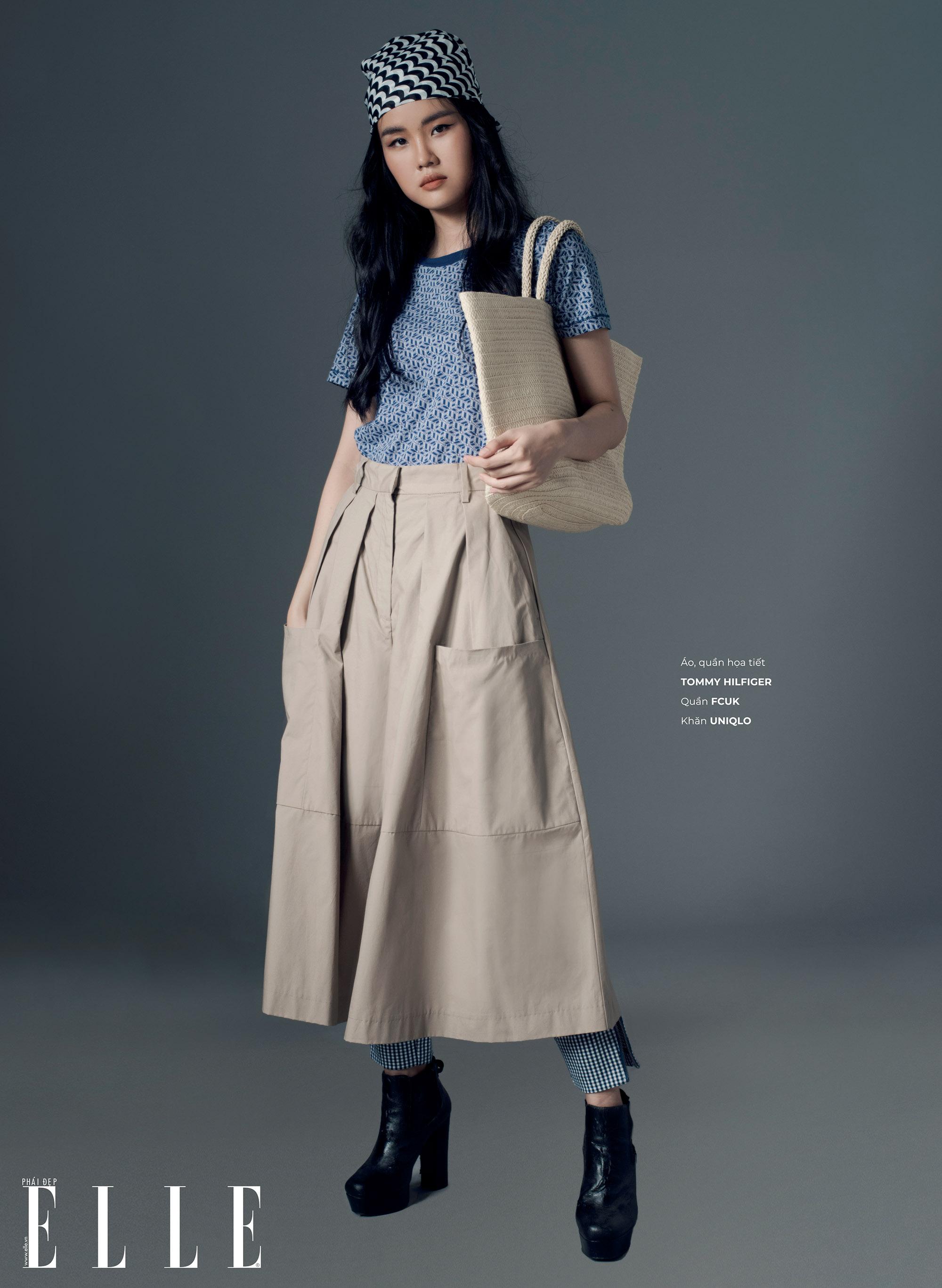 áo thun kết hợp chân váy và quần